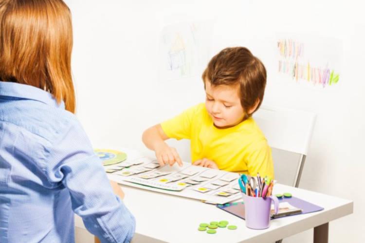 insegnare alfabeto