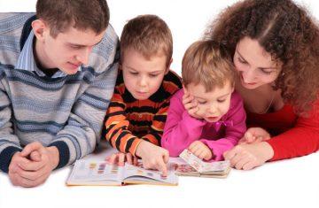 leggere ai bambini parole